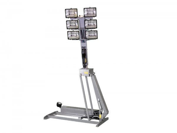 Quartz Halogen Light Towers with 7.5' Reach from Base