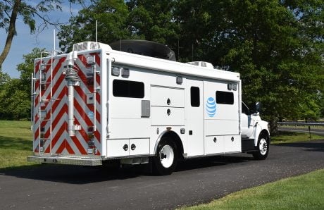 01-AT&T mobile command rescue Right rear view x